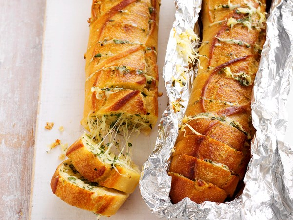 Cheesy barbecued baguettes
