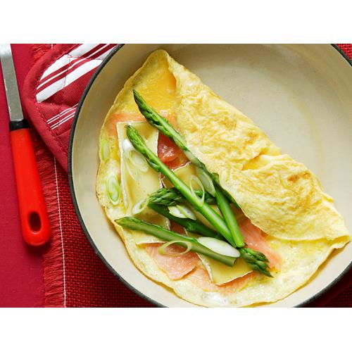 Smoked salmon, asparagus and brie omelette recipe | Food To Love