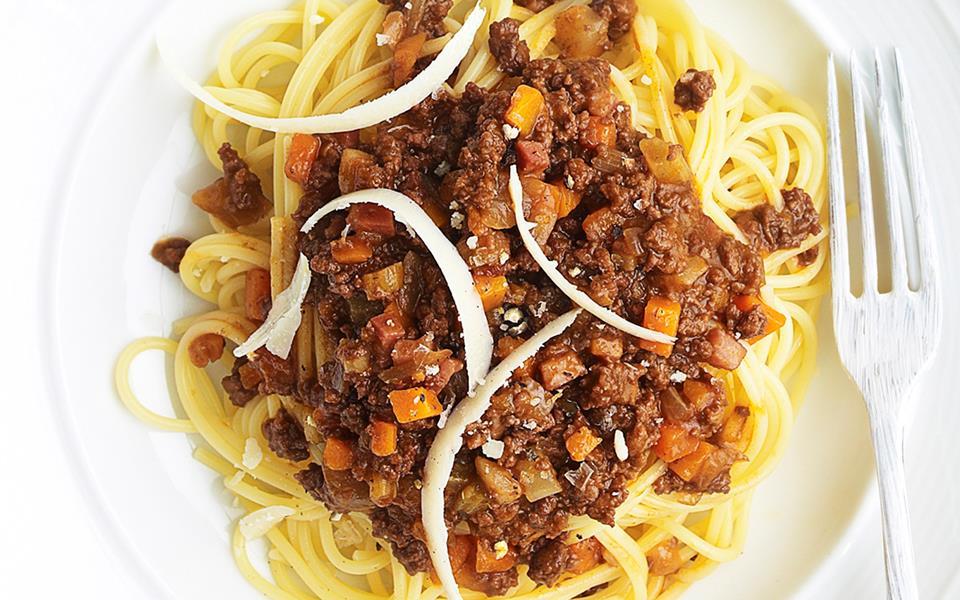 five minute spaghetti bolognese recipes dishmaps five minute spaghetti ...