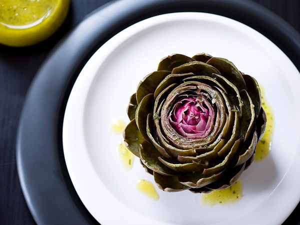 How to prepare and eat artichokes