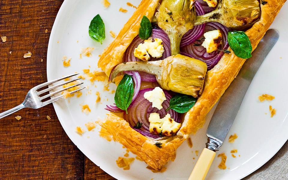 Artichoke, ricotta and onion tarts recipe | FOOD TO LOVE