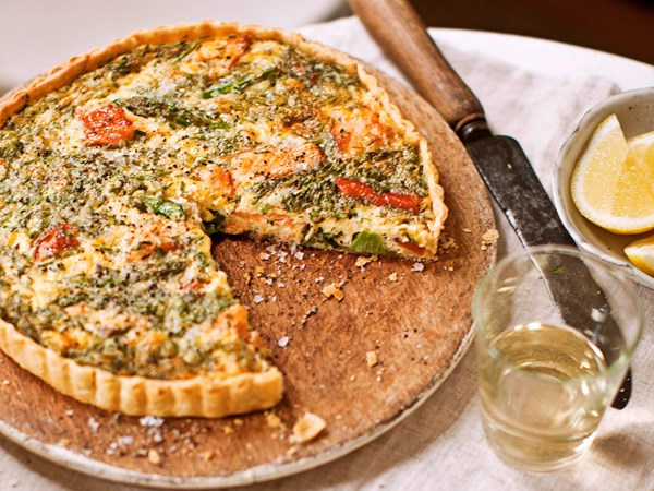 Asparagus, hot-smoked salmon, dill and chive quiche
