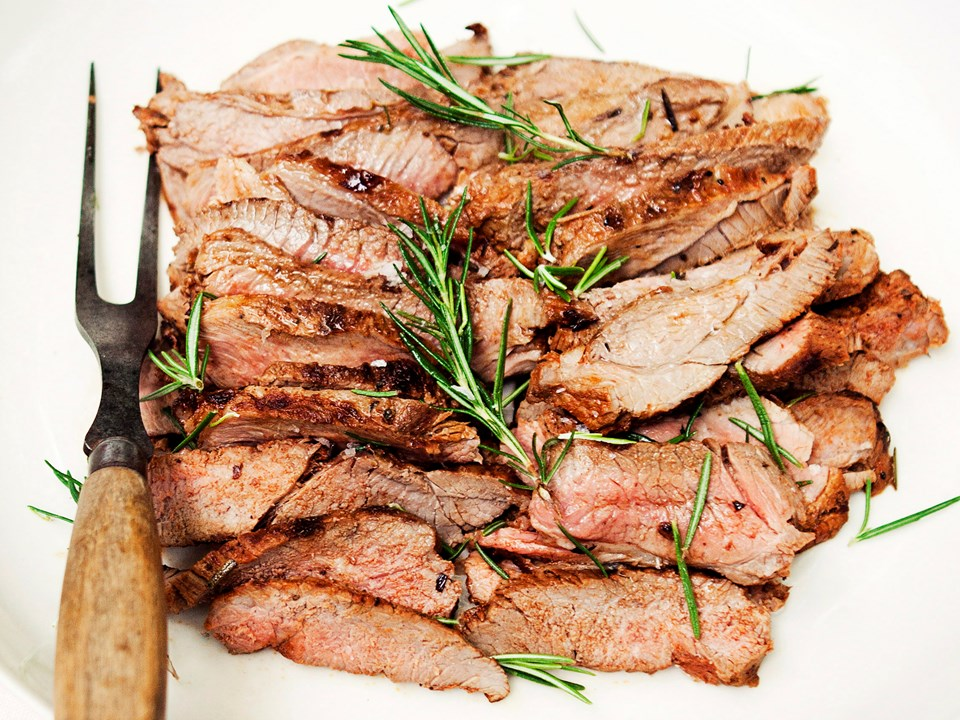 how to cook marinated butterflied leg of lamb