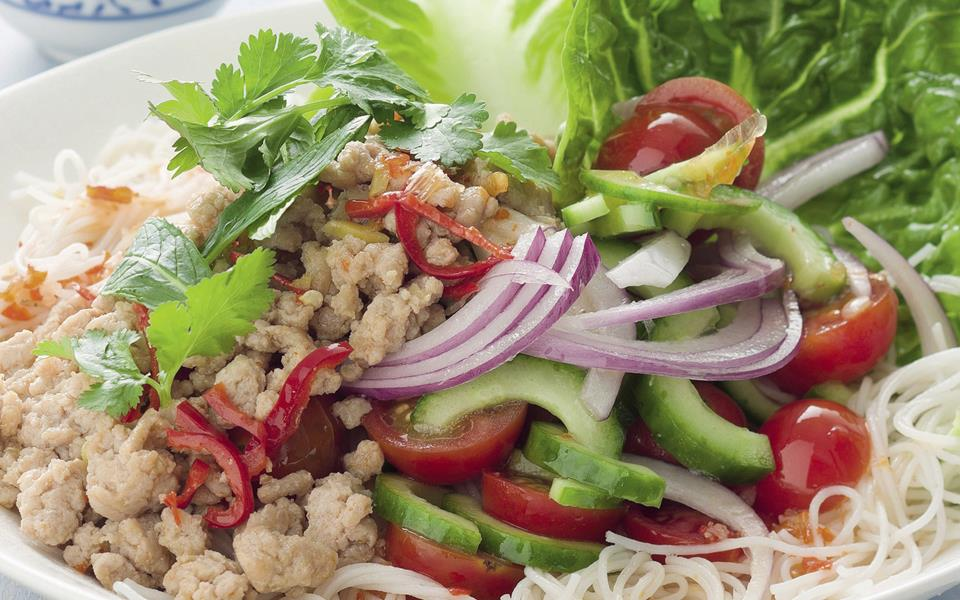 Thai chicken and noodle salad recipe | FOOD TO LOVE