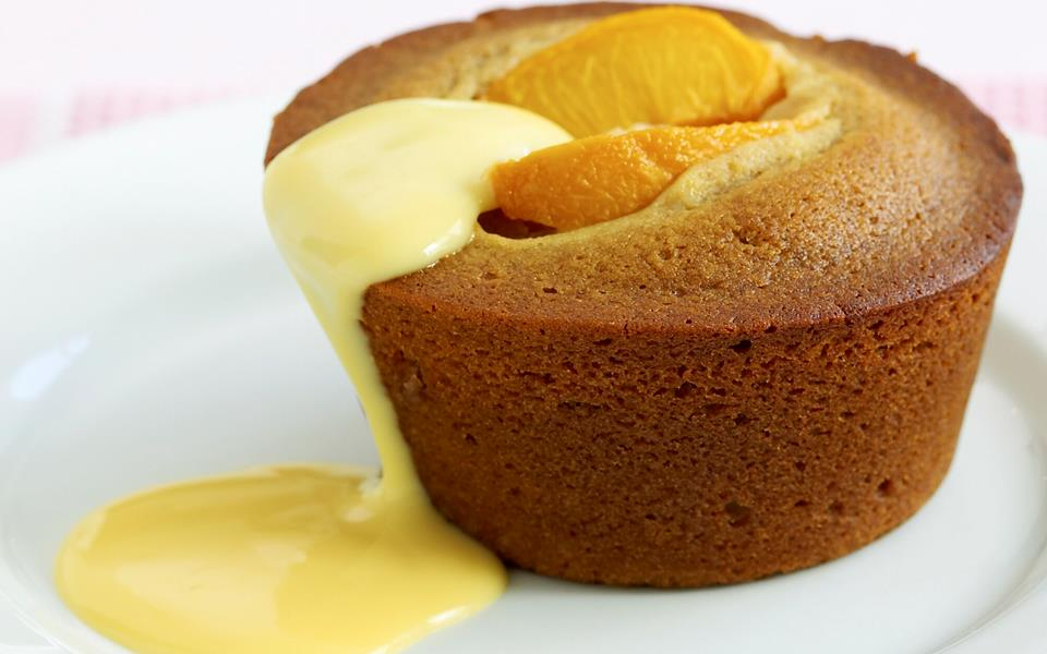 Peach and ginger cakes with custard recipe | FOOD TO LOVE