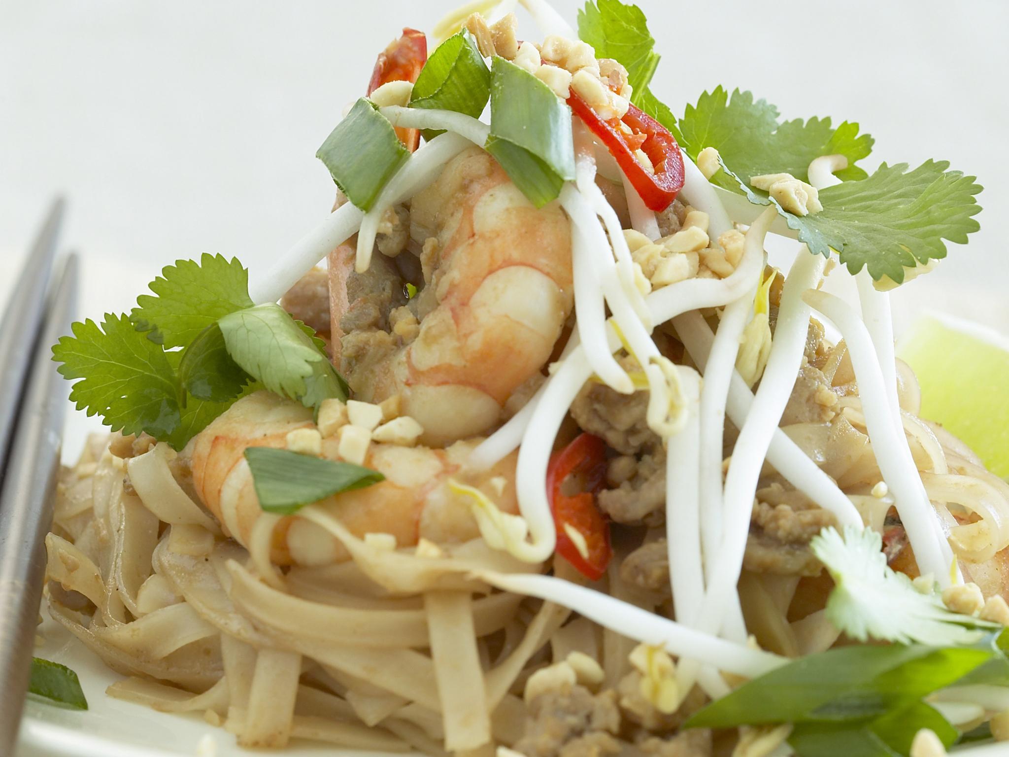 Traditional Prawn Pad Thai Recipe Recipe Food To Love