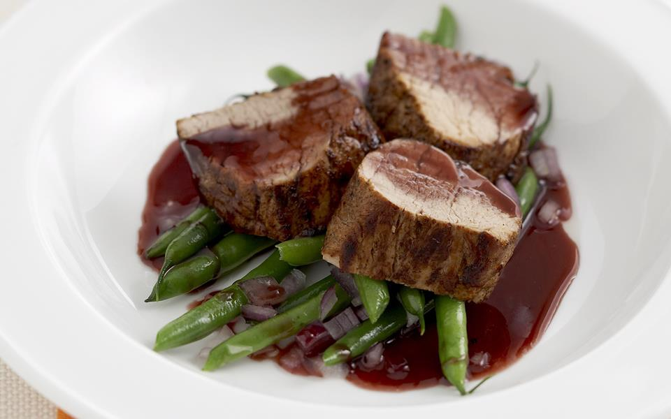 Spiced pork fillet with orange and red wine sauce recipe ...