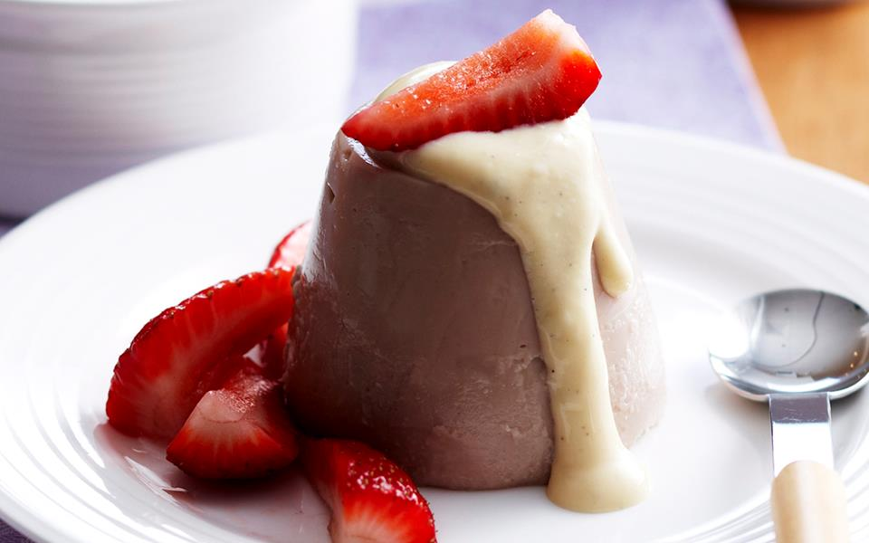 Chocolate blancmange with creme anglaise recipe | FOOD TO LOVE