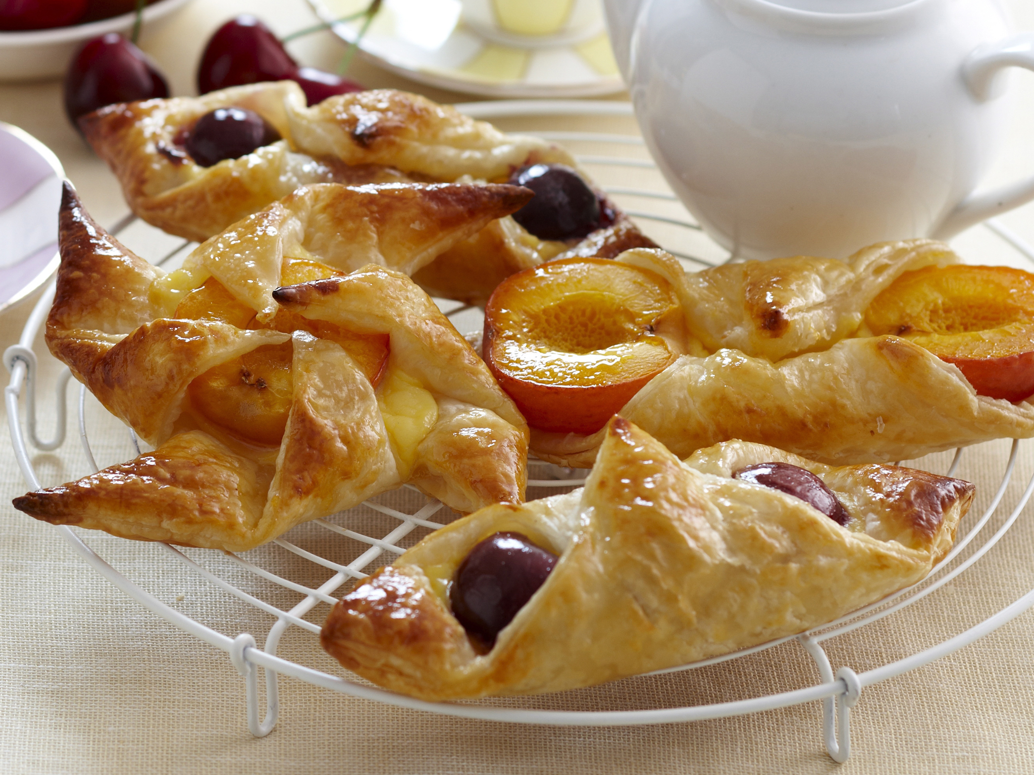 Easy danish pastries recipe food to love forumfinder Gallery