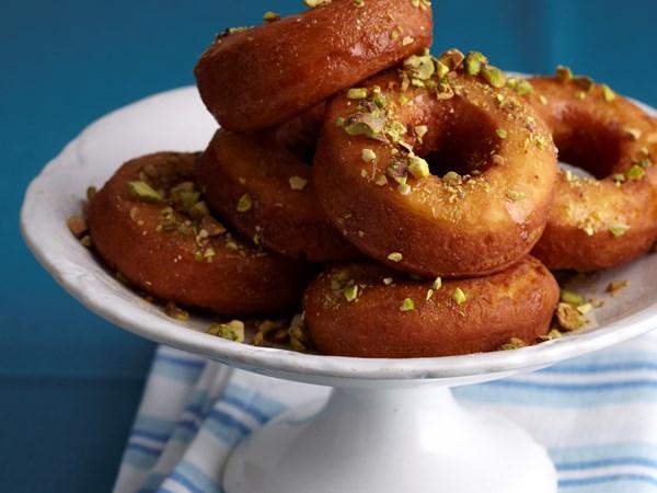 Pistachio syrup doughnuts