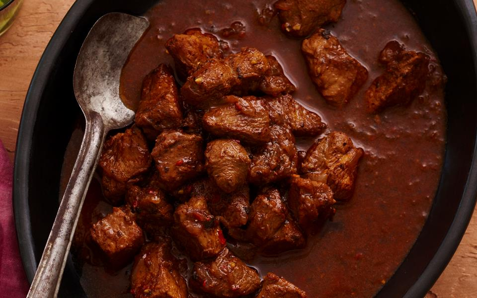 Pork vindaloo recipe | FOOD TO LOVE
