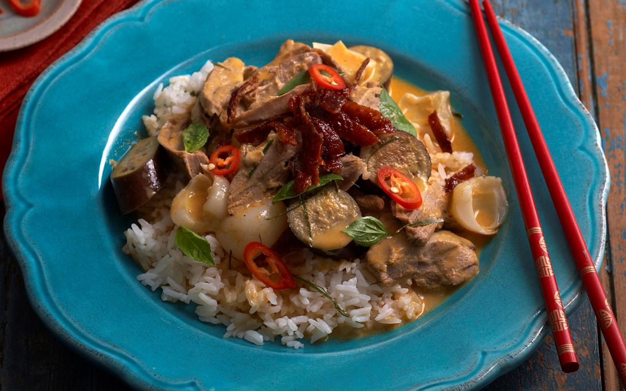 Red duck curry recipe | Food To Love