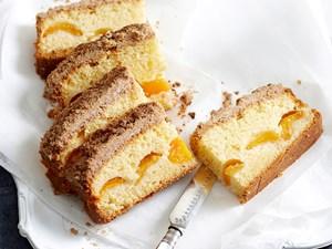 Apricot crumble tea cake