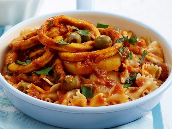Braised tomato calamari