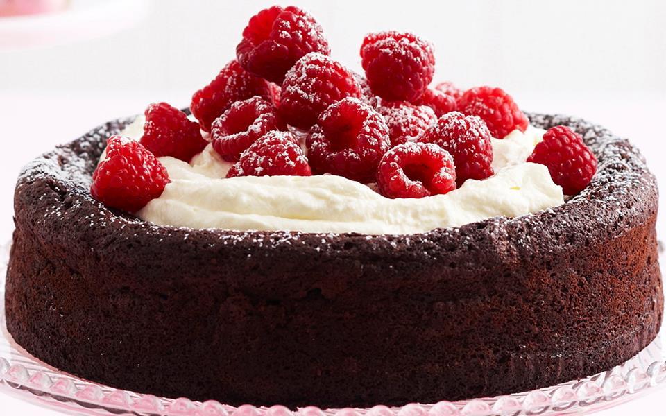 Flourless chocolate and hazelnut cake recipe | FOOD TO LOVE