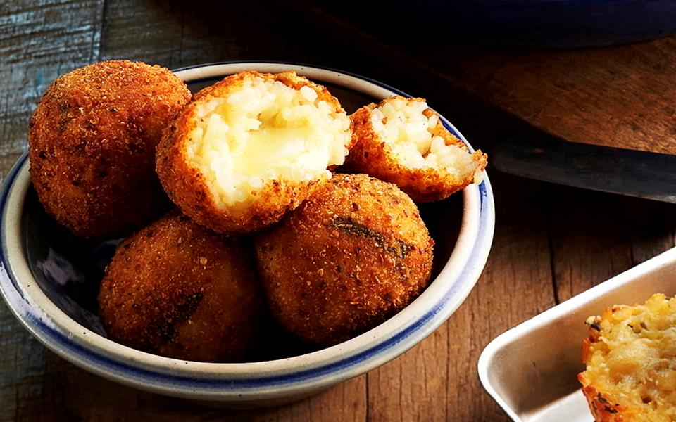 Herb risotto, arancini, risotto cakes recipe | FOOD TO LOVE