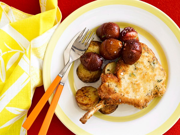Rosemary pork cutlets with maple plums