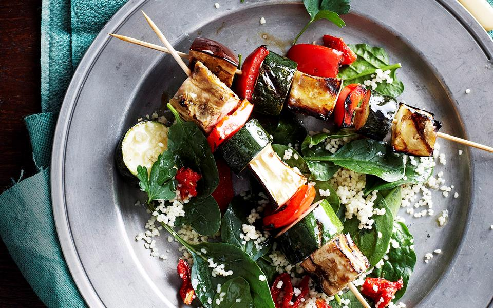 Vegetable skewers with parsley and cashew pesto recipe | FOOD TO LOVE