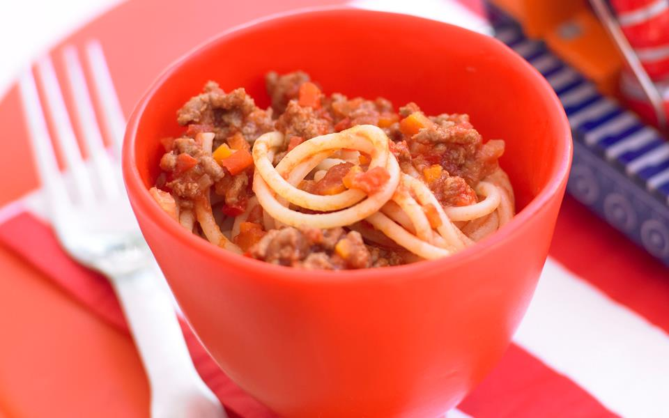 Easy spaghetti bolognese recipe | FOOD TO LOVE