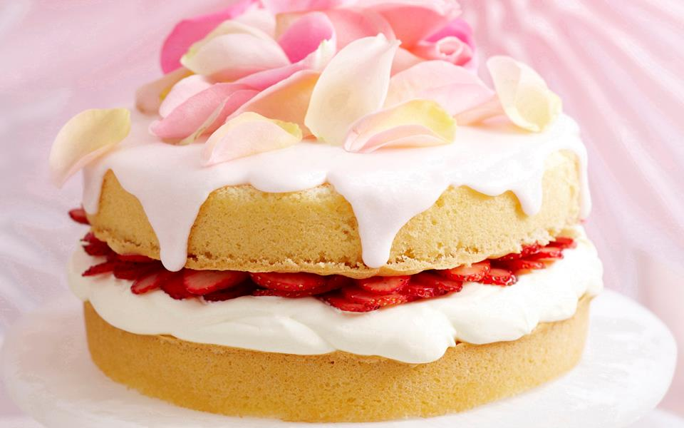 Victoria sponge sandwich recipe | FOOD TO LOVE