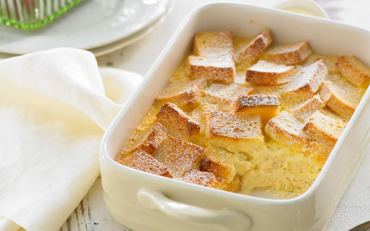 egg custard for bread and butter pudding