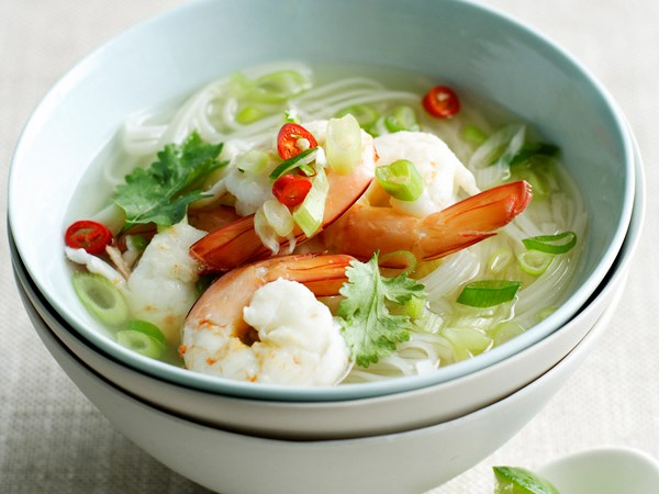 Prawn, noodle and green onion soup