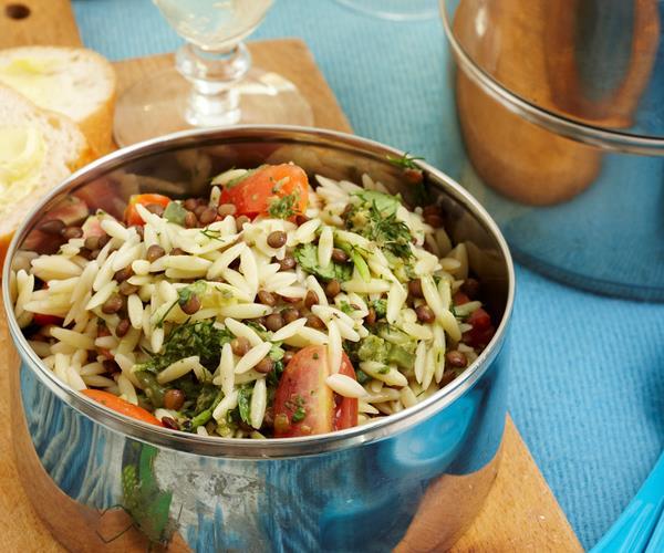 Risoni lentil and salsa verde salad recipe food to love for Vers de salade