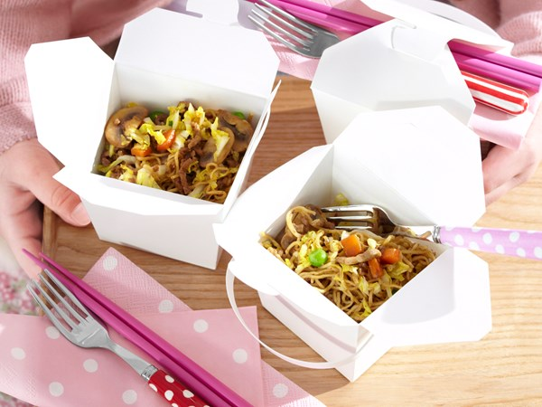 Beef noodle boxes