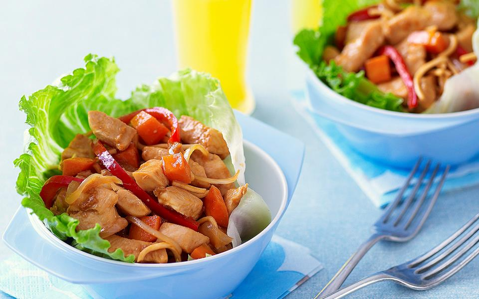 Chicken stir-fry lettuce cups recipe | FOOD TO LOVE