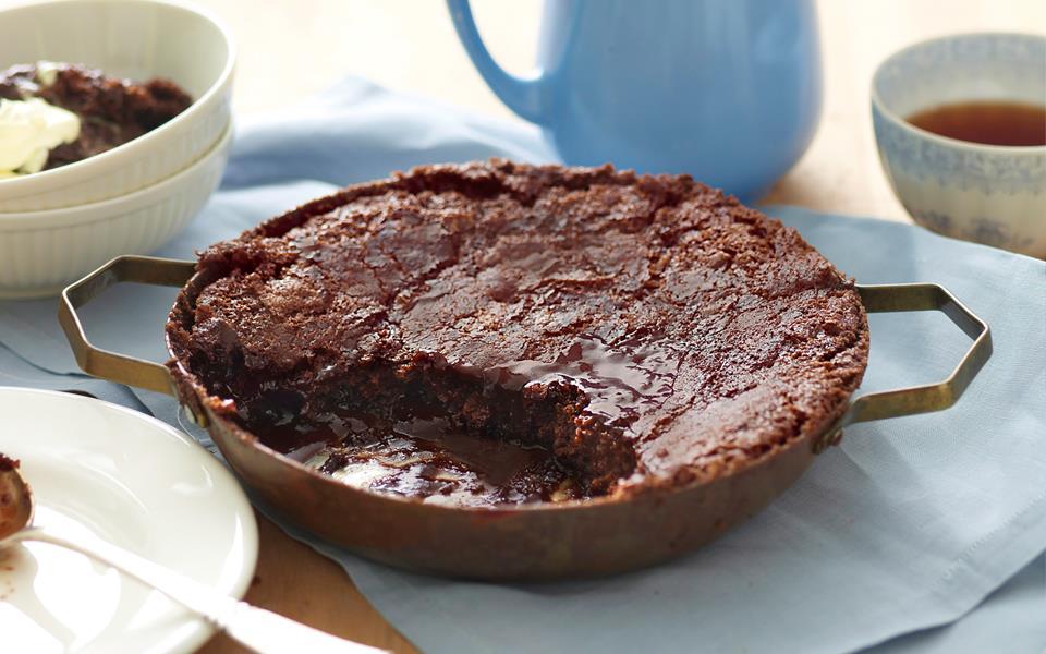 Chocolate self-saucing pudding recipe | FOOD TO LOVE
