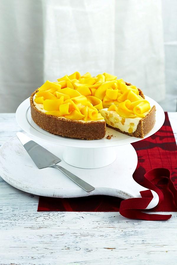 Mango macadamia cheesecake