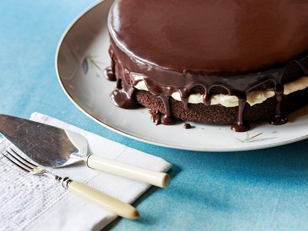 Never-fail chocolate cake