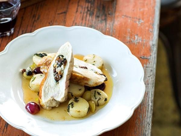 Ricotta and spinach-stuffed chicken with Galliano vanilla grapes