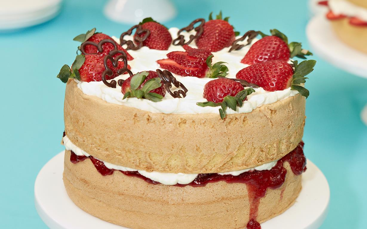 Victoria Sponge Cake Recipe Strawberry