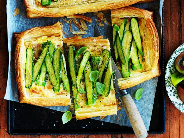 Zucchini and mascarpone tarts