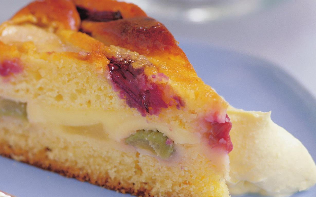 Pear And Rhubarb Cake Recipe