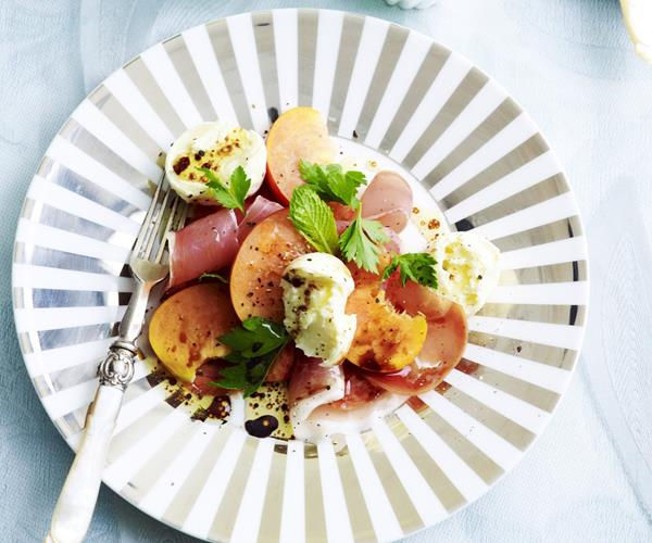 Peach, prosciutto and mozzarella salad recipe | Food To Love