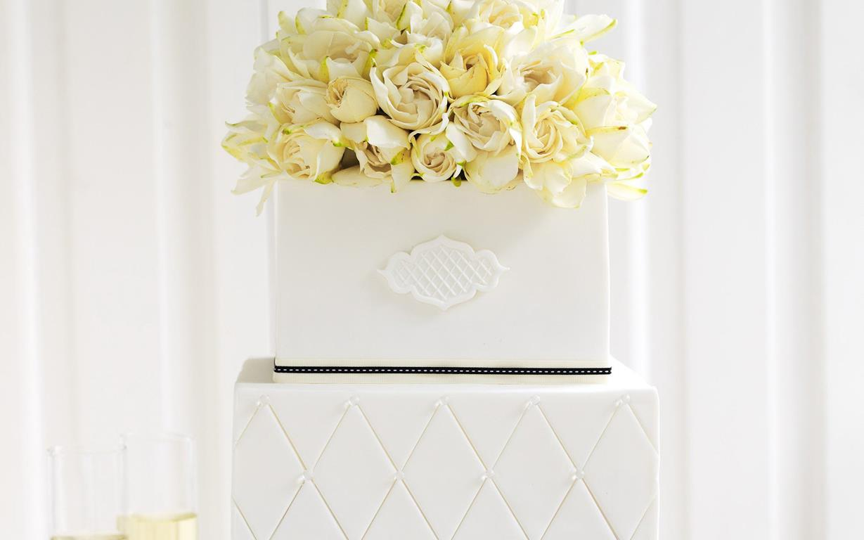 How to DIY your wedding cake | Food To Love