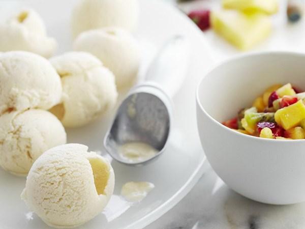 Honey buttermilk ice-cream with fruit salsa