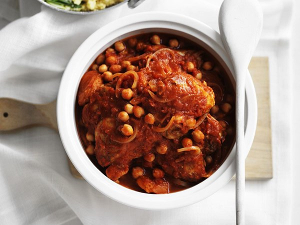 Moroccan-spiced chicken casserole