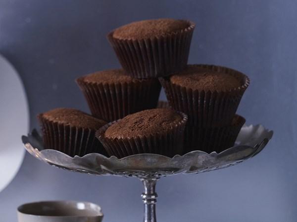 Warm malt truffle muffins