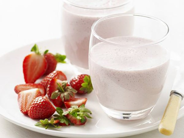 Strawberry soy shake