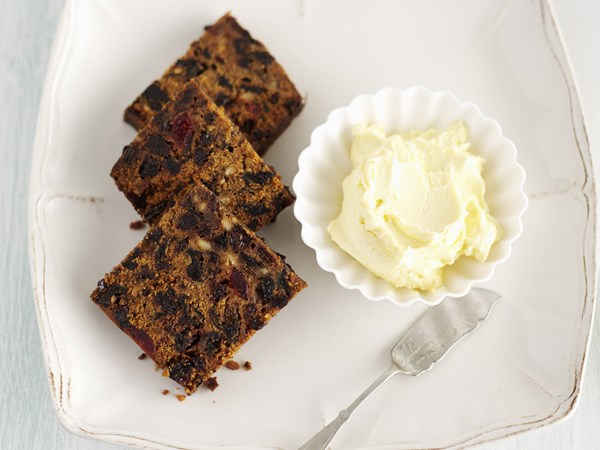 Boiled whisky fruit cake