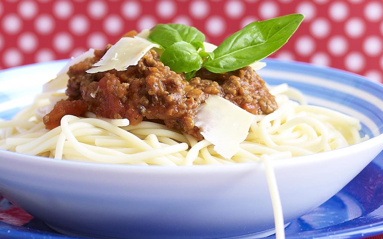 ... minutes spaghetti bolognese 57 g five minute spaghetti bolognese
