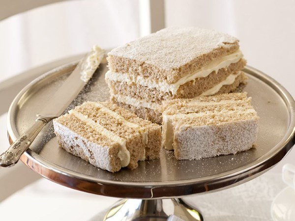 honey spice sponge cake