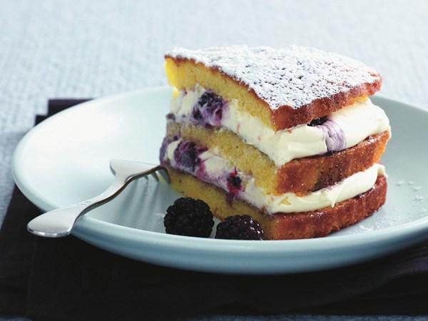 Blackberry and orange mascarpone cake