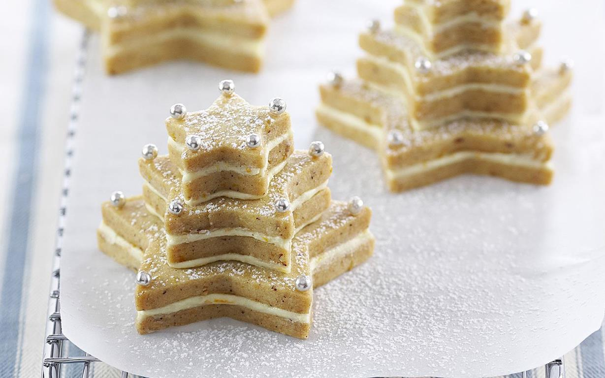 Hazelnut shortbread trees recipe | FOOD TO LOVE