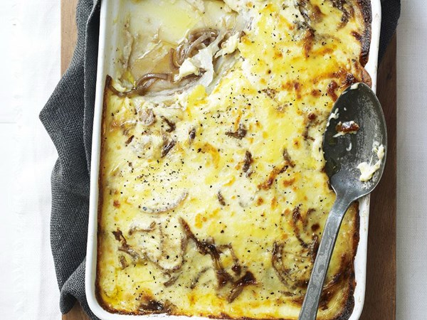 Potato gratin with caramelised onion