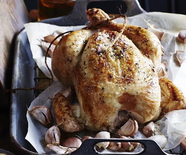Roast chicken with 40 cloves of garlic recipe | Food To Love