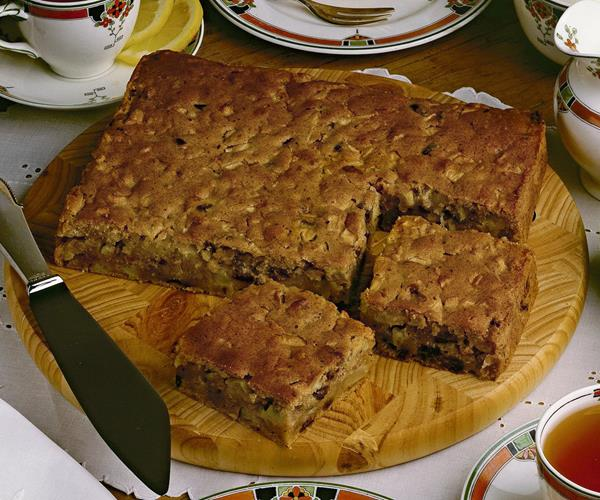 Moist Apple And Date Cake Recipe Food To Love